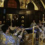 Перед заседанием Священного Синода митрополит Павел совершил Литургию