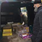 Насельники Лавры приехали со сладостями в детский распределитель