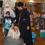 Дітей з особливими потребами братія Лаври привітали з Днем Св. Миколая