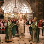 Митрополит Павел совершил Литургию в новогоднюю ночь