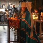 Наместник Лавры начал чтение трипеснца перед Рождеством
