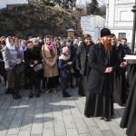 Владика Павел зустрівся з паломниками з Волині