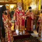 В Лавре молитвенно отметили День Победы