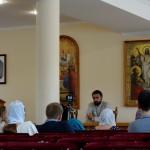 На «молодежке» обсудили причины существования множества религий
