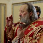 Наместник Лавры возглавил Акафист Воскресению Христову