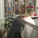 Наместник Лавры молился у мощей блж. Ксении Петербургской