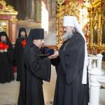 Предстоятель удостоил братию Лавры церковных орденов
