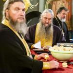 Намісник Лаври очолив недільне всенічне бдіння