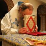В честь престольного праздника Наместник Лавры совершил ночную Литургию