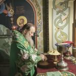 Владыка Павел помолился об усопших благотворителях обители