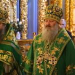 В Неделю ваий Предстоятель УПЦ возглавил Литургию в Лавре