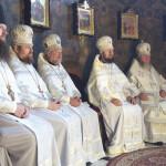 Наместник Лавры совершил заупокойные богослужения Троицкой субботы