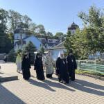 Наместник Лавры возглавил Литургию в Гощанском монастыре