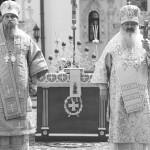 «…Благочестия столп непоколебимый Серафим блаженный является нам»
