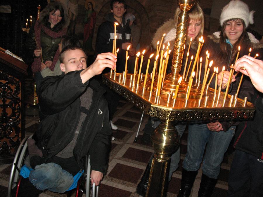 Дети-инвалиды посетили Киево-Печерскую обитель