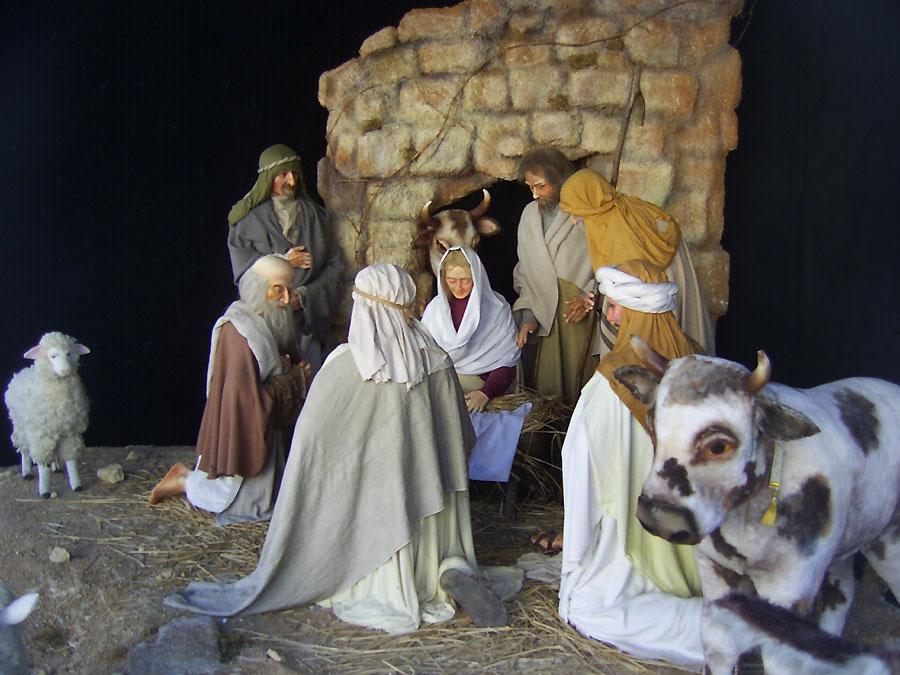 Скульптурная композиция рождественского вертепа в Киево-Печерской Лавре