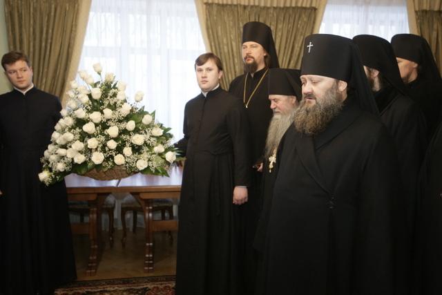 Братия поздравила Предстоятеля УПЦ с Рождеством Христовым